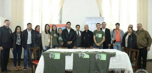 """Diócesis de Villarrica del Espíritu Santo se suma al proyecto juvenil """"Gesto común: Un joven, un árbol, una vida"""""""