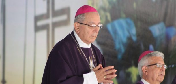 El Papa Francisco aceptó renuncia del Arzobispo y prorroga su gobierno pastoral hasta el año 2021